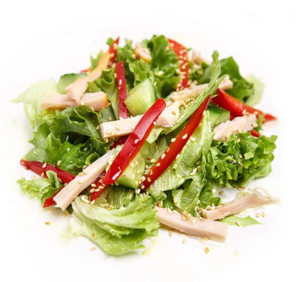 Салат з копченою куркою