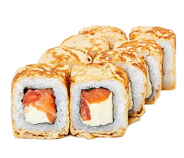 Ролл с лососем и тамаго